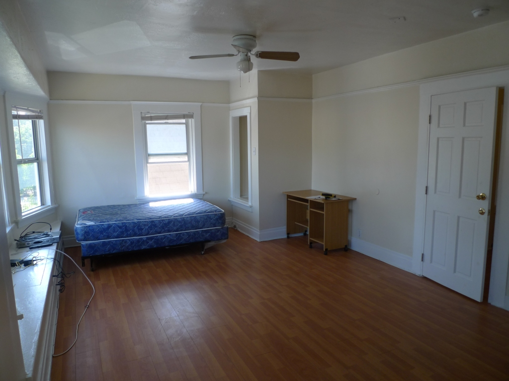 1176 37th st, California 90007, 1 Bedroom Bedrooms, ,1 BathroomBathrooms,Apartment,For Rent,37th ,2,1015