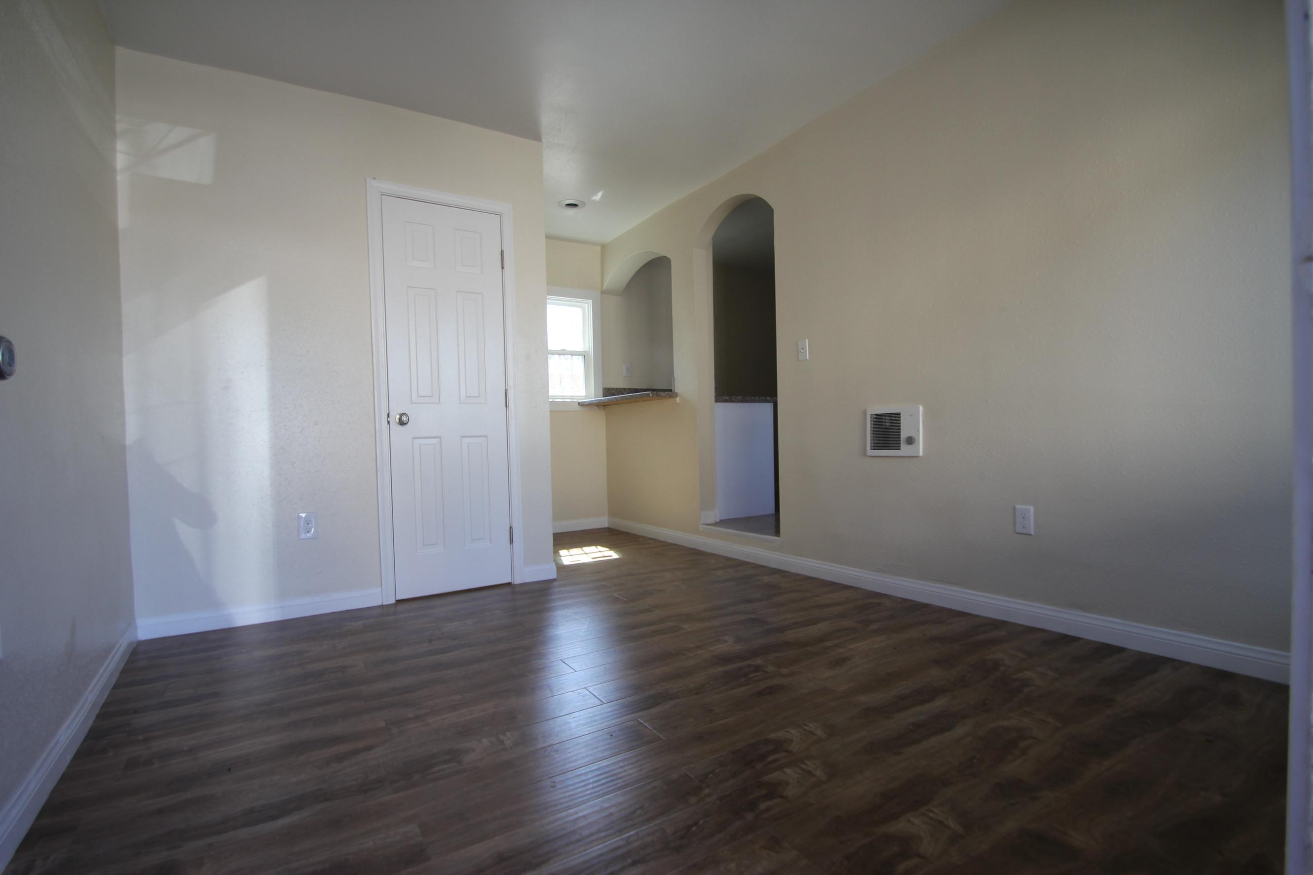 1294 Jefferson, Los Angeles, California 90007, 1 Bedroom Bedrooms, ,1 BathroomBathrooms,Apartment,For Rent,Jefferson,2,1021