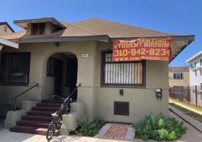 1296 1/4 #4 W. Jefferson Blvd., Los Angeles, California 90007, 1 Bedroom Bedrooms, ,1 BathroomBathrooms,Apartment,For Rent,W. Jefferson Blvd.,2,1021