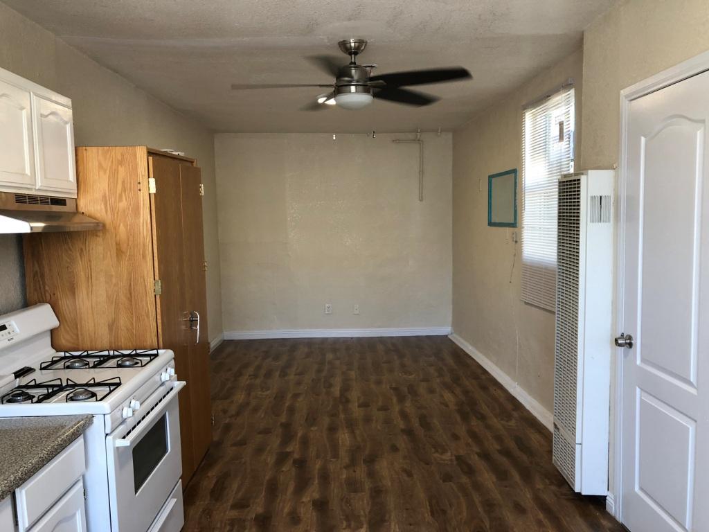 1294 jefferson, California, 1 Bedroom Bedrooms, ,1 BathroomBathrooms,Apartment,For Rent,jefferson,1,1022