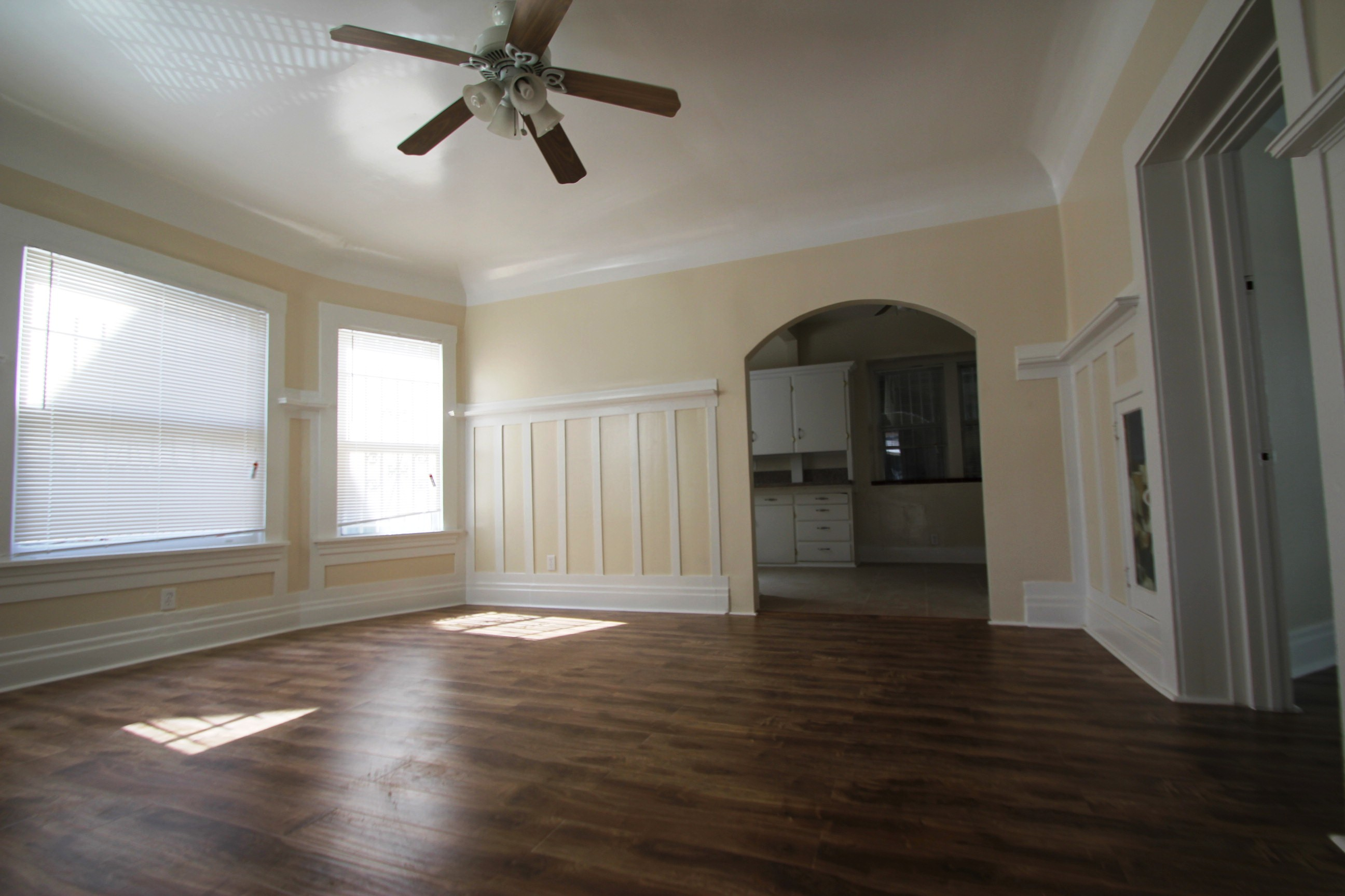 1176 37th st, los angeles, California 90007, 2 Bedrooms Bedrooms, ,2 BathroomsBathrooms,Apartment,For Rent,37th st,1,1032